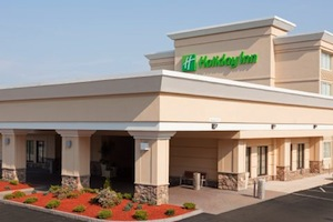Holiday Inn Hotel & Suites BOSTON-PEABODY property information