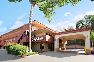 Days Inn Encinitas - Legoland Moonlight Beach property information