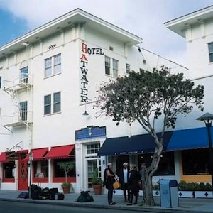 Hotel Atwater property information