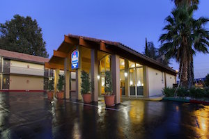 BEST WESTERN Valencia Inn property information