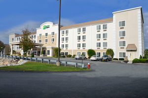 Holiday Inn Express BOSTON-MILFORD property information