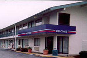 Motel 6 Mojave property information