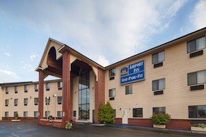 BEST WESTERN Airport Inn Warwick property information