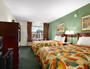 Travelodge Tampa / West of Busch Gardens property information