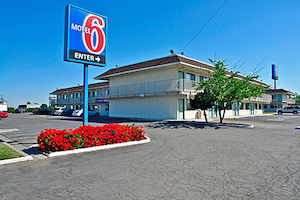 Motel 6 Williams property information