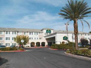 La Quinta Inn & Suites Las Vegas - Red Rock/Summerlin property photo