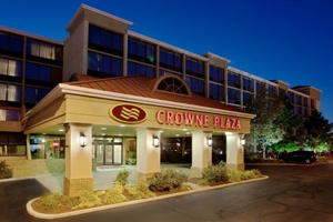 Crowne Plaza Cleveland Airport property information