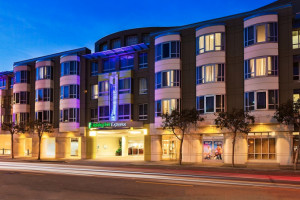 Holiday Inn Express & Suites San Francisco Fishermans Wharf property photo
