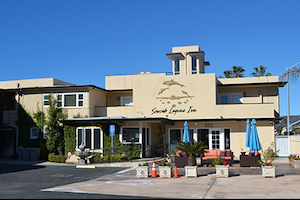 Seaside Laguna Inn And Suites property information