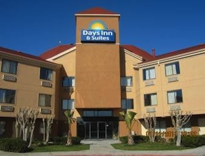 Days Inn And Suites DeSoto property information