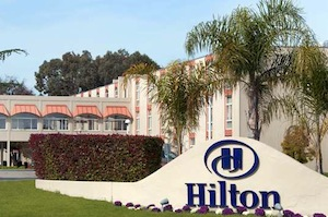 Hilton Oakland Airport property information
