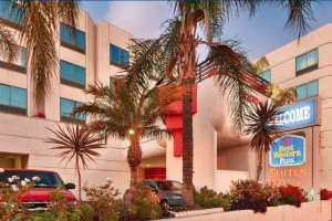 Best Western Plus Suites Hotel property information