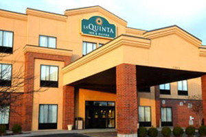 La Quinta Inn & Suites Springfield Airport Plaza property information