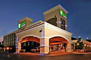 Holiday Inn Express Downtown West property information