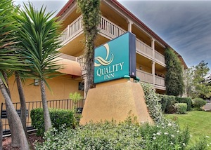 Quality Inn Oakland property information