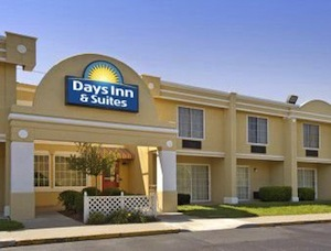 Days Inn and Suites Lexington property information