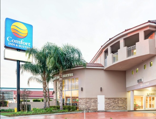 Comfort Inn & Suites Near Universal Studios - N. Hollywood - Burbank