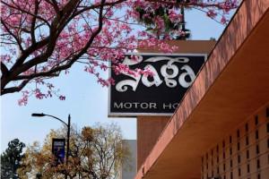 The Saga Motor Hotel