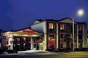 Anaheim Carriage Inn Photo Gallery