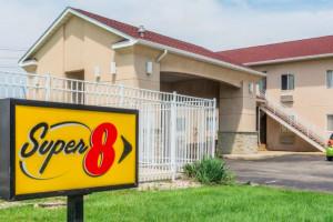 Super 8 Indianapolis/NE/Castleton Area