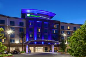 Anaheim Hotels - Hotels in Anaheim - Global Munchkins