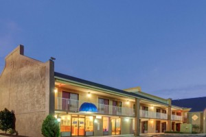Rodeway Inn Norcross Photo Gallery