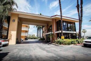 Studio 6 Anaheim, CA Photo Gallery