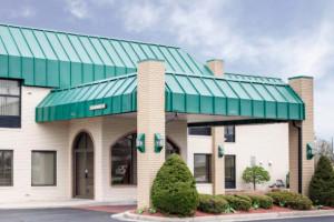 Quality Inn & Suites Indianapolis