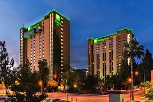 Universal Studios Hollywood - Hotel & Tickets Package - Holiday Inn Burbank-Media Center