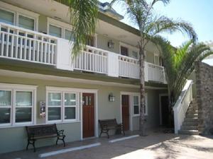 Coronado Island Inn Photo Gallery
