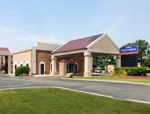 Howard Johnson West Memphis Photo Gallery