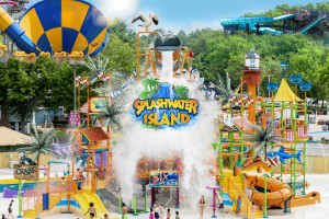 Hurricane Harbor Concord Vacation Package