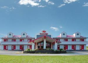 Econo Lodge West Liberty Photo Gallery