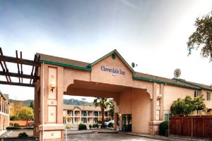 Cloverdale Wine Country Inn and Suites Photo Gallery