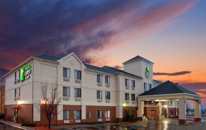 Holiday Inn Express Hotel & Suites Kansas City-Liberty