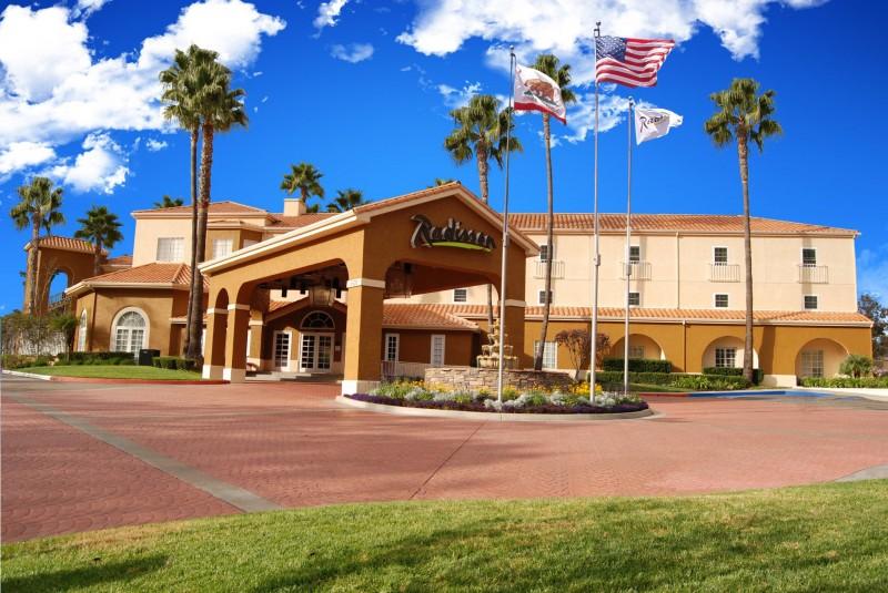 Radisson Hotel San Diego